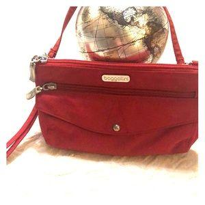 Baggallini small purse